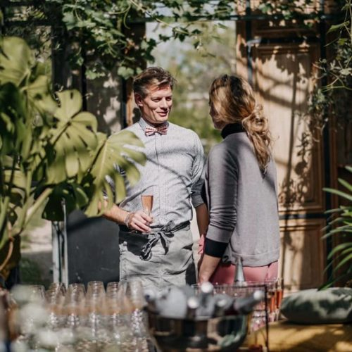 In de Kas overleg Winssen trouwen